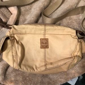Fossil Authentic tan/brown purse🥳OFFERS Welcome